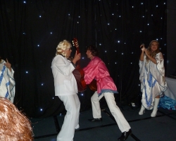 Singles ABBA Tribute Weekend