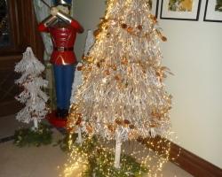 Christmas - singles holidays UK