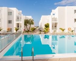 Singles & Solo Holiday Lanzarote - POOL. CORAL3