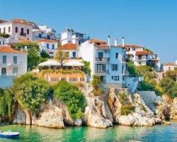 Skiathos Harbour - single travellers holidays